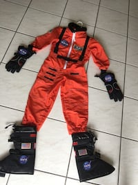 Astronaut costume with boots and gloves