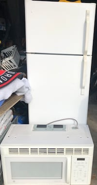 Lg Fridge and above stove top microwave Barrie, L4N 0J2