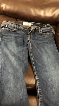 two blue and black denim jeans Culpeper, 22701