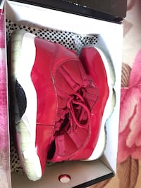 Gym red 11s size 8 of everything  Stockton, 95210