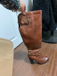 Brown leather boots size 7.5  Vaughan, L4H 2G9