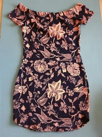 women's black and pink floral dress Miami, 33176