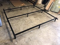 King size bed frame (BRAND NEW ) Bakersfield, 93306