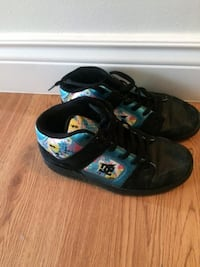 DC Ladies Running shoes size 8-8.5