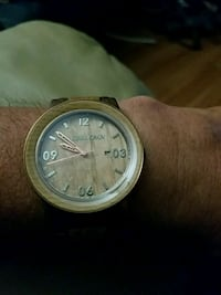 Wood and stainless men's watch Bartlesville