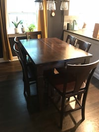 Table and 8 chairs high top Manasquan, 08736