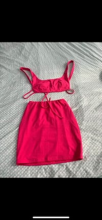 Two Piece Skirt - size Small Toronto, M9V 3C4