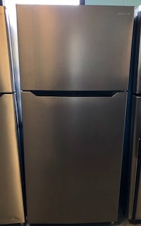 New Insignia stainless steel top bottom fridge 15% off