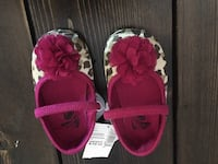 Size 6-12 month Shoes Port Coquitlam, V3C 5Y7
