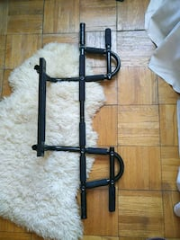 black and gray pull up bar