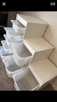 Children's cupboard with 8 movable boxess