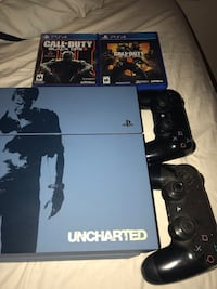 Sony PS4 console with controller and game case San Bernardino, 92346