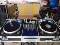 Numark turntables and speakers wth coffin and stands  Lake Forest, 92630