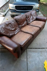 Leather couch  Polk City, 50226