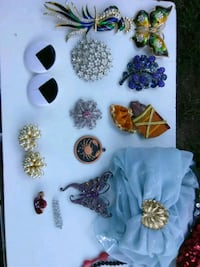 Lot of Vintage Brooches, Earrings, and pendant