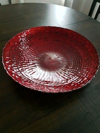 round red and white ceramic bowl Toronto, M3A 1E4