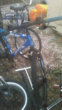 blue and black bicycle frame Spokane Valley, 99206