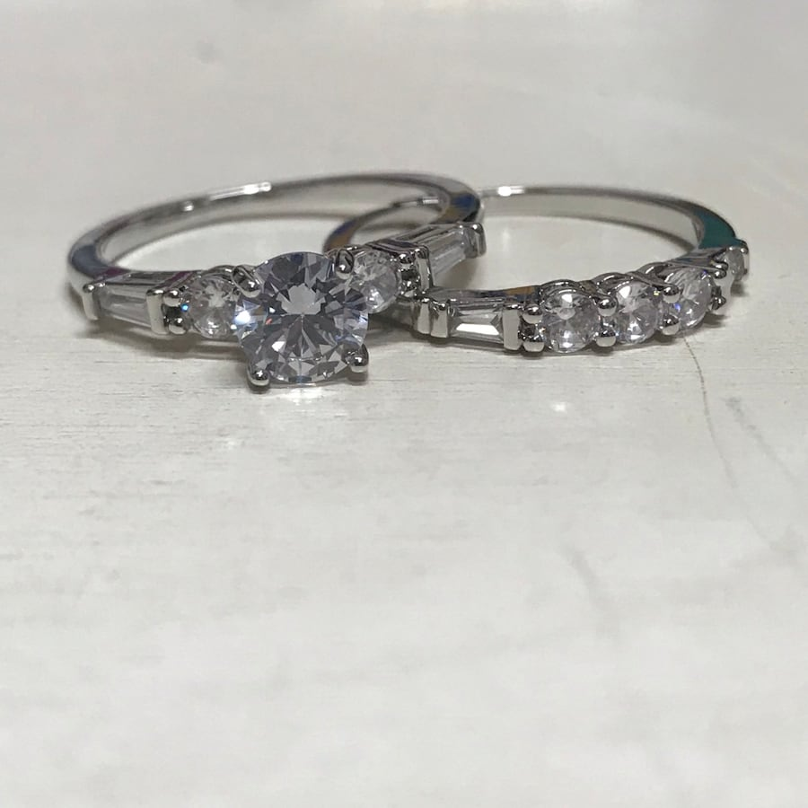 Gorgeous size 8 white sapphire engagement  ring & bridal set in silver