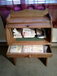 Mini roll up desk whit one drawer  Hagerstown, 21740