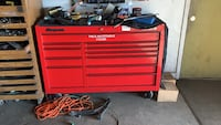 Red snap-on tool cabinet Charlotte, 28208