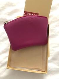 NEW Leather zip pouch Great colour