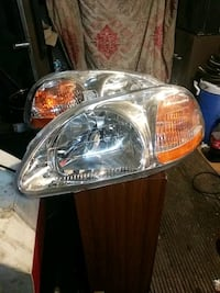 2000 Honda Civic headlights like new