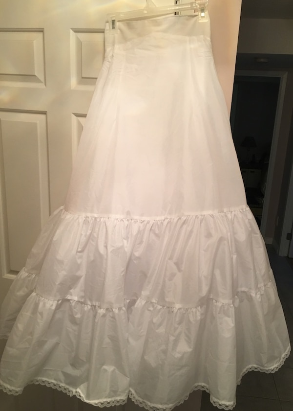 51c4eaf558f Used A Line Silhouette Slip (David s Bridal) for sale in Mississauga ...