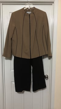 2 Peace pants suit what size is Houston, 77095