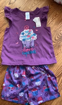 2 piece set for girl new with tags age 4 size XS.  Toronto, M1E 4B3