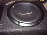 "12"" champion series subwoofer with box and amp Augusta, 30905"