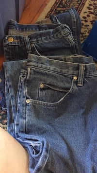 2 Pairs of Relaxed Fit Wrangler Jeans  269 mi