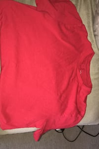 Boys Red T-shirt size extra large