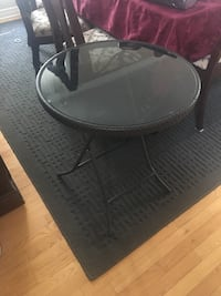 Outdoor glass table Ottawa, K4A 4R1