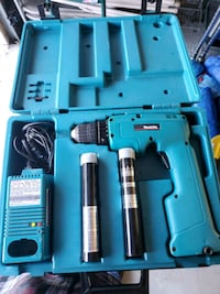 Makita drill with charger Deptford Township, 08080