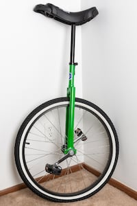 """Club 24"""" Green Unicycle Seattle"""