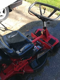 "28"" snapper riding mower"
