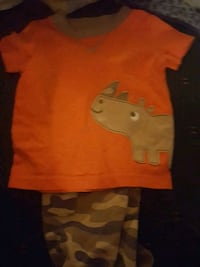 T-shirt and pants size 6-9 months  Jenkinsburg, 30234