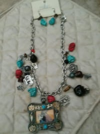 Charm Necklace w/Earrings  Martinsburg, 25401