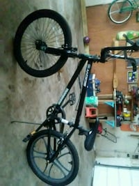 black and blue hard tail mountain bike Normal, 61761