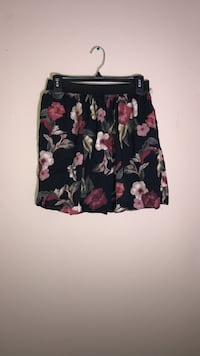 Medium Floral Hollister Skirt