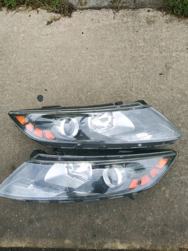 2013 kia optima headlight