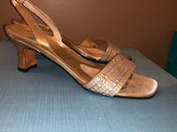 Stuart Weitzman Gold Leather & Crystal Sandals Size 36 Needham Heights, 02494