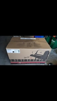 BBQ - Brand New Broil King Monarch 340