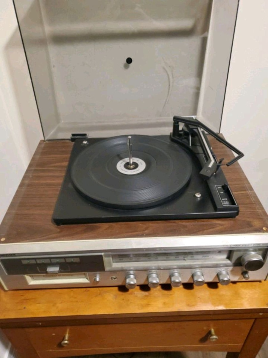 Photo Record player/stereo