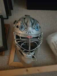 grey sports helmet Abbotsford, V4X 0A4