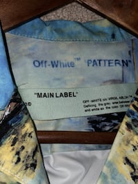 Off White Button up tee Surrey, V4N 2M3