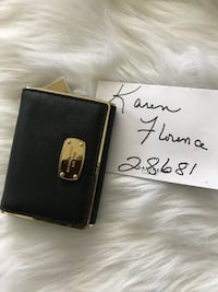 Authentic Michael Kors Black sm wallet Taylorsville, 28681