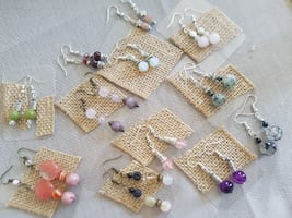 Small earrings , natural stones ( new)