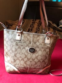 Authentic Coach bag in grate condition Bastrop, 71220