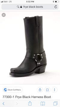 pair of black leather boots Vancouver, V6C 3J3
